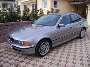Аренда авто с водителем: BMW-523i