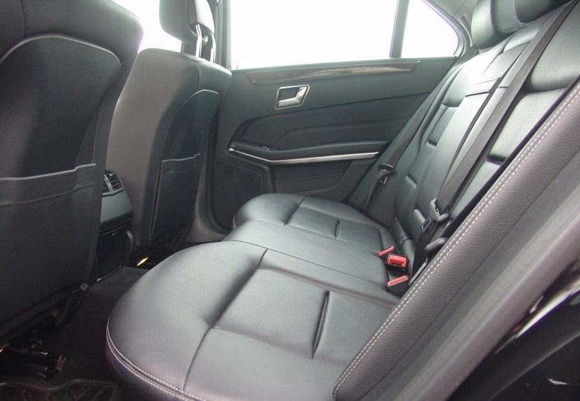 Аренда автомобиля с водителем: Mercedes-Benz E 212