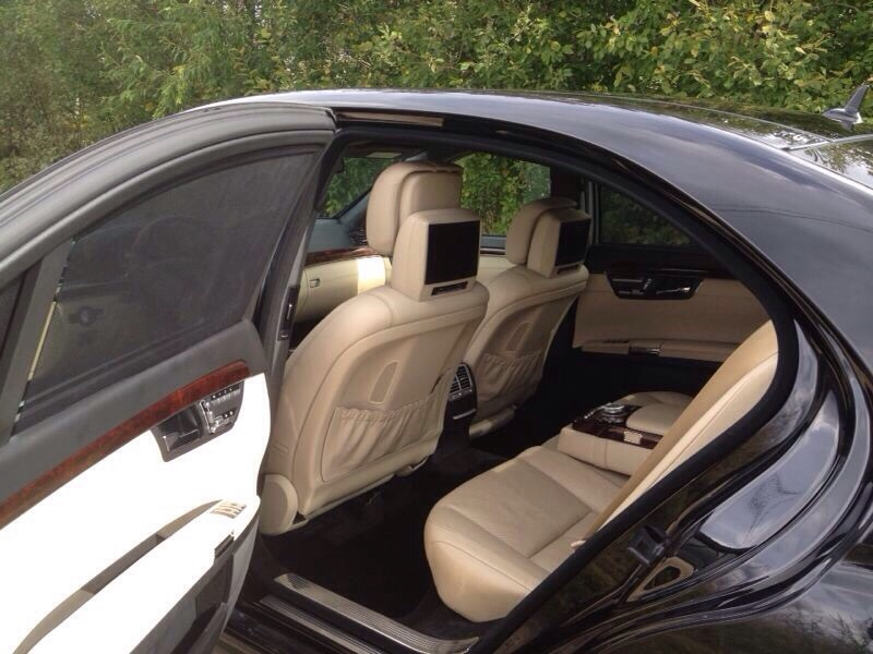 Аренда автомобиля с водителем: Mercedes-Benz S500
