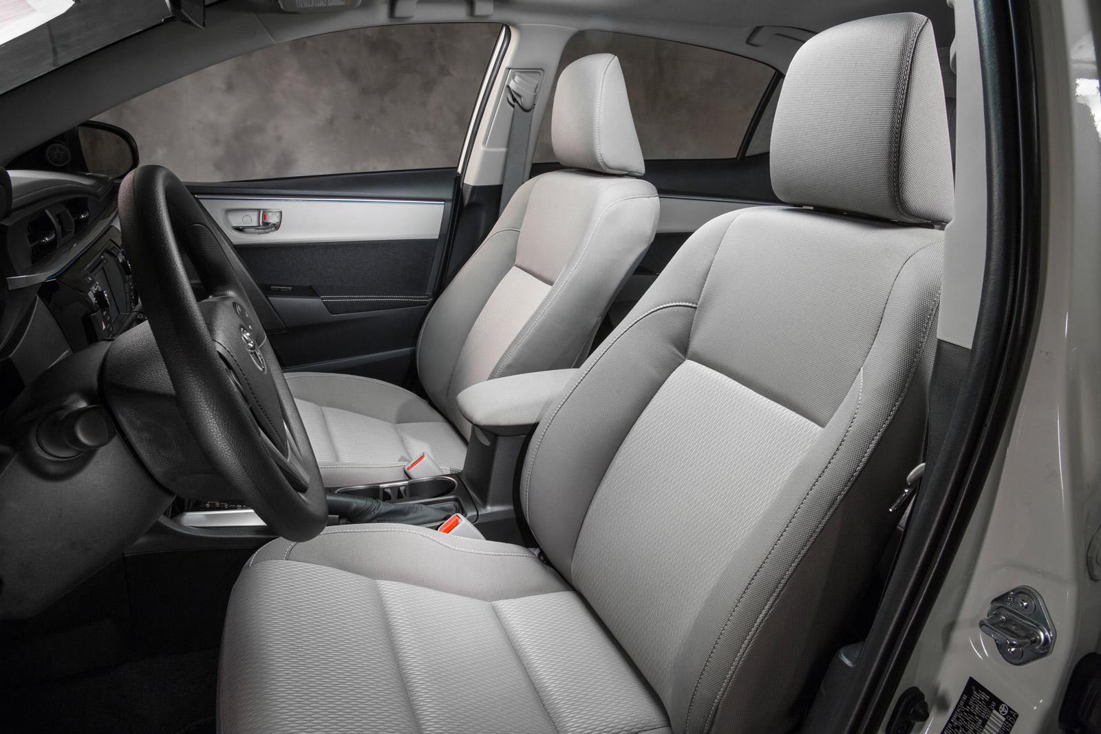 Аренда автомобиля с водителем: Toyota Camry