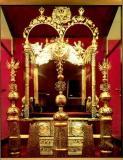 Кремль + 3 соборов + колокольни Ивана Великого (Звоницы) + Оружейная палата и Алмазный фонд.